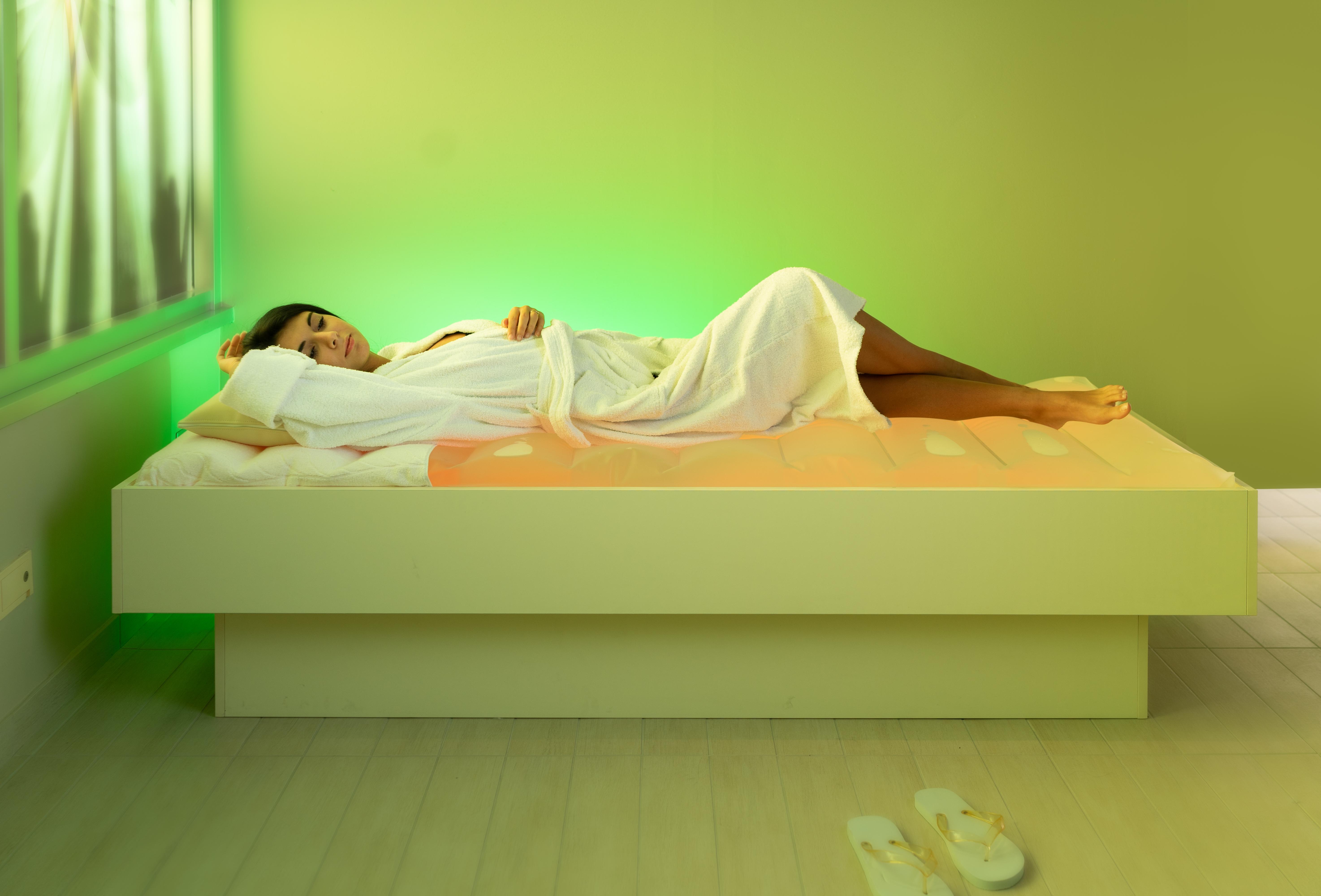 Massaggio Su Lettino Ad Acqua.Hotel Con Spa Miramare Albergo Con Centro Benessere A Rimini